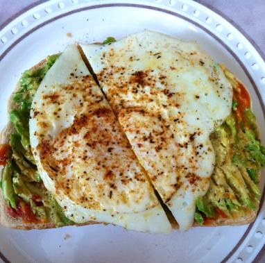 Smashed Avocado & Egg | SpeakLyfe